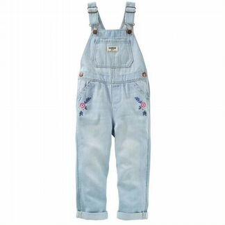 Комбенезон джинсовый для девочки фирмы Carters
