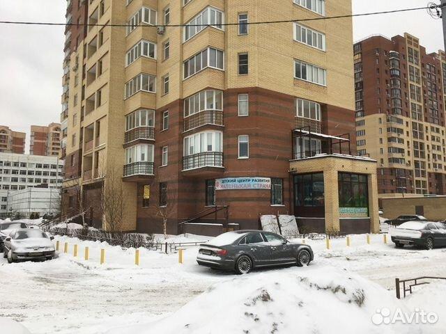 Продается трехкомнатная квартира за 12 900 000 рублей. Веры Волошиной , 48.