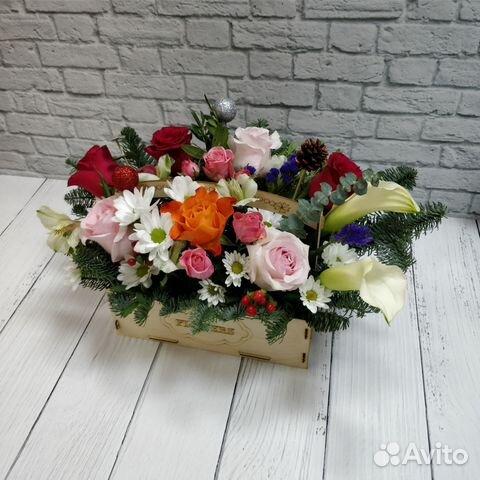 топперы и деревянные ящики для цветочных композици