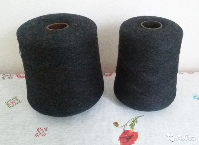 8762c45b33d Пряжа в бобинах 100 шерсть черная