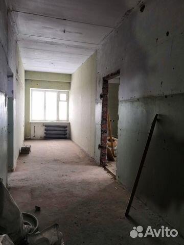 Продается трехкомнатная квартира за 2 750 000 рублей. проезд Строителей, 1.