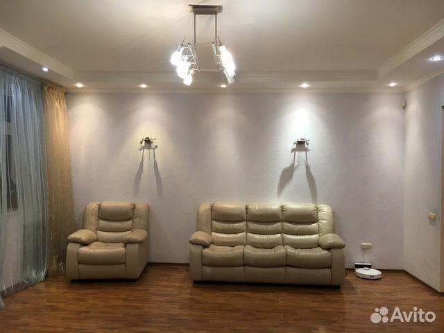 Продается трехкомнатная квартира за 10 500 000 рублей. г Казань, ул Чистопольская, д 32.