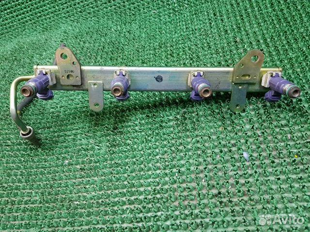 Топливная рампа с форсунками Nissan Primera P12 89046875188 купить 3