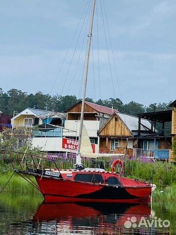 Парусная яхта Ассоль