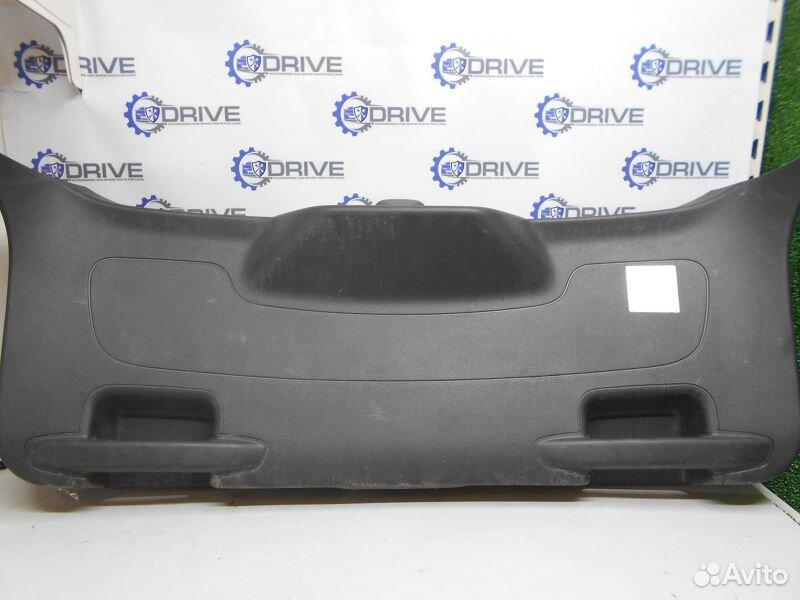 89270165946  Обшивка двери багажника нижняя Ford Focus 3 CB8