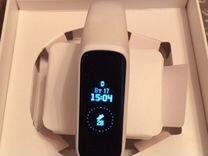 Часы фитнес-браслет